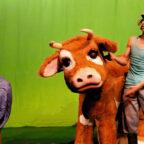 Stadt. Land. Kuh. Der Kinderkultursommer gastiert am 23. Juli auf der Klosterwiese in der Haydau. Foto: Greggor Diessner
