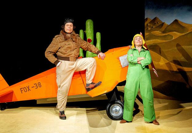 Die KITZ Theaterkumpanei – Peer Damminger, Bärbel Maier – bringt am kommenden Sonntag den Kleinen Prinzen in den Melsunger Schlosspark. Foto: Petra Feldmann
