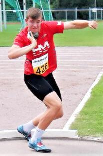Luis André hofft auf eine Weite an die 16m-Marke, um in das Finale im Kugelstoßen zu gelangen. Foto: nh