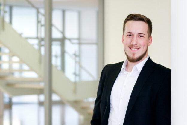 Jonas Freudenstein, IHK Bildungsberater. Foto: nh