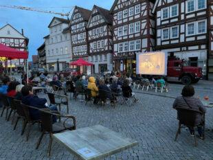 Klassiker des Stummfilmkinos wurden im »Summer of Wow« vom historischen Magirus-Laster aus gezeigt. Foto: nh