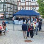 Nicht missverstehen: Wenn in Homberg Markt*Küche ist, bildet sich gern ein Menschenauflauf. Foto: Uwe Dittmer