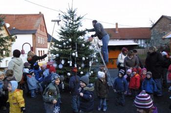 kiga-kinder-weihnachtsbaum2
